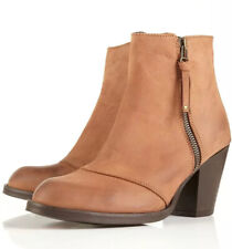 "Ladies Topshop Dark Tan Leather ""Ambush"" Boots - New With Defects - Size 9"