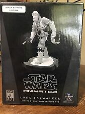 Gentle Giant LUKE SKYWALKER Black and White Limited Edition 70/500