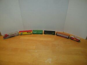6 HO Scale Train Lot Santa Fe Locomotive Caboose Pulp Wood Car Hopper Box Cars