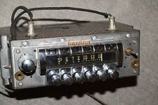 HUDSON by ZENITH 6MH889 PUSHBUTTON AM RADIO 1951 1952 PRO SERVICED full-size?