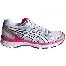 Chaussures blanches pour fitness, athlétisme et yoga