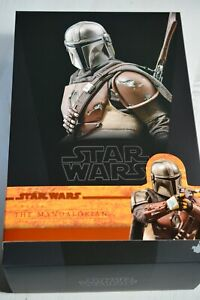 Hot Toys Star Wars The Mandalorian TMS007