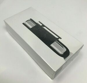 Apple Soft Nylon Carrying Case with Belt Clip for iPod 4th Gen (M9129G/A) SEALED