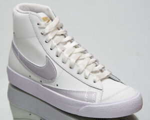 Nike Blazer Mid '77 Women's Summit White Athletic Lifestyle Shoes Casual Sneaker