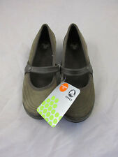 "CROCS WOMENS SZ W7 WRAPPED ESPRESSO SLIP ON  ""NEW"" MSRP $60"