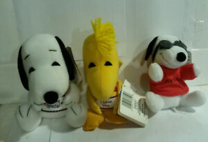 Snoopy Woodstock Peanuts CVS plush 1990s NOS with paper tags Valentines lot 3
