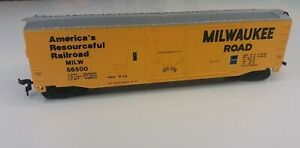 Bachmann HO Scale Milwaukee Road MILW 56500  Box Car