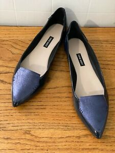*NINE WEST* SIZE *9.5 M* LADIES NAVY LEATHER FLATS~BRAND NEW***