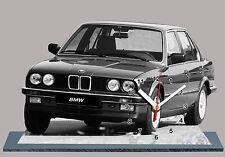 BMW M3 E30-03, VOITURE ALLEMANDE EN HORLOGE MINIATURE SUR SOCLE
