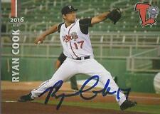 Ryan Cook 2016 Lansing Lugnuts Signed Card