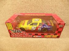 New 1997 Racing Champions 1:24 NASCAR Terry Labonte Bayer Chevy Monte Carlo #5