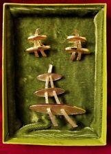 'GOLDTONE'  Futura BROOCH PIN & CLIP ON EARRINGS Set in Box Vintage 1960s