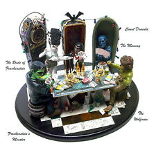 """UNIVERSAL MONSTERS • """"SATURDAY NIGHT POKER"""" • AWESOME RESIN MODEL KIT 99¢"""
