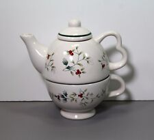 One Winterberry Individual Teapot & Cup - Pfaltzgraff