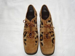 WOMENS STUART WEITZMAN LEATHER / SUEDE LACE SHOES SIZE 8 1/2 ANIMAL PRINT