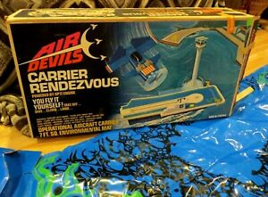 VINTAGE 1972 HASBRO AIR DEVILS CARRIER RENDEZVOUS PLAYSET WITH BOX  #6390
