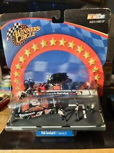 Dale Earnhardt 3 Winners Circle Goodwrench Coming In Pit Stop Diecast Set NASCAR