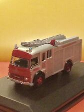 OXFORD   DIECAST ,  NORTHAMPTONSHIRE  FIRE  ENGINE