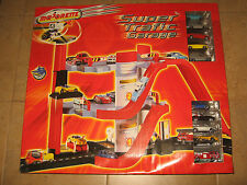 "Amazing  "" Majorette- Super Trafic Garage with ten cars""!!!"