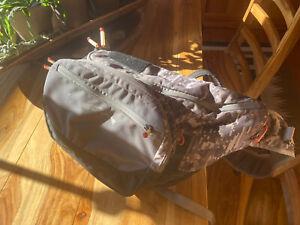 Orvis Sling Pack (Guide) , William joseph Chest Pack, 300 Flies