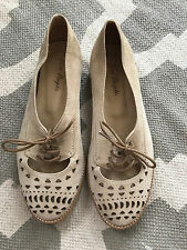 SO RARE $128 Free People STUNNING Lace Up Laser Cut Out Ballet Brogue Flats 36 6