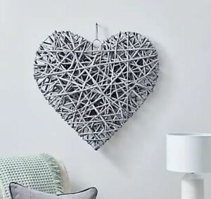 Extra Large Grey Wicker Heart 65cm Home Décor Bedroom Living Room Wall Art