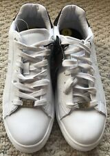 G by GUESS Womens Sneakers White Charly Low-Top Lace Up size 9 M