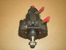 POMPE à INJECTION RENAULT SCENIC 1.9 DCI 105 CV Type 7700111010