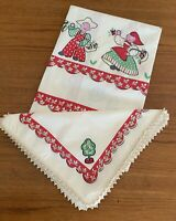Vintage Amish Dutch Farmhouse Tablecloth & 4 Napkins Spring Country Kitsch