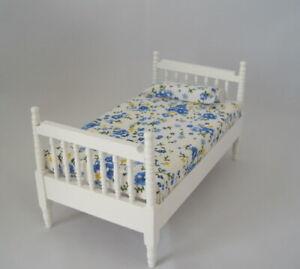 Puppenbett weiss Matratze Puppenhaus Möbel Schlafzimmer Miniatur 1:12