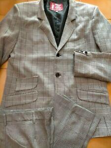 3 Button skinhead 3 Button mod suit deadstock Prince wales OG 44!