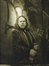 Warren Haynes with his Gibson ES-335 guitar 8 x 11 pin-up photo print
