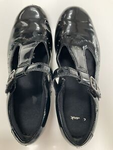 Clarks Black Patent School Shoes Size 3.5 G Fitting