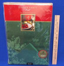 Home Wear Christmas Tablecloth & 4 Napkin Set  Noel Green Holly Oblong 52 x 70