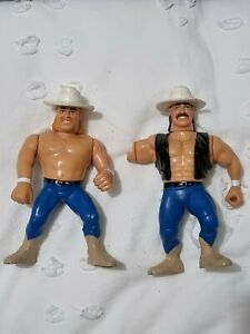 WWF Hasbro Billy & Bart Gunn Wrestling Figurine WWE Wrestler Smoking Gunns