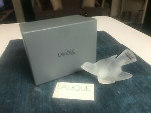"""SUPERB 5"""" Lalique Crystal SPARROW BIRD WINGS OUT Figurine MINT WITH LABEL IN BOX"""