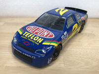Racing Champions Nascar Dupont 1:18 DieCast #2 Ricky Craven - Chevy Monte Carlo