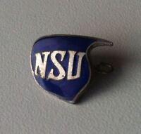 """NSU Motorrad Logo """"Schwinge""""  Brosche emailliert 1930er [13105]"""
