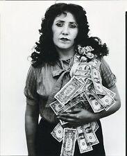 Petra Alvarado,Factory Worker, El Paso, Texas 1982•Photo Richard Avedon POSTCARD