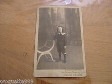 Ancienne photo ENFANT BOTTES FAUTEUIL Photographie Grands Magasins Place Clichy