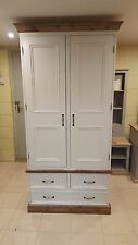 Crema/Bianco in Pino Massello Doppio Guardaroba Cassetti &/MADE TO MEASURE/FARROW and Ball