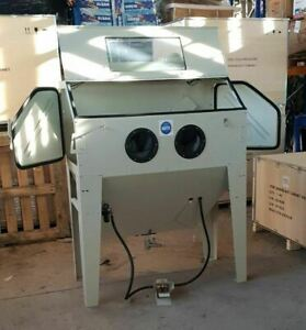 Sand Blast Cabinet with Dust Extractor. Large Foot Operated (Cream) SBC420