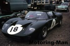 FORD GT40 GT ROADSTER 1966 PETER SUTCLIFFE BRANDS HATCH GUARDS PHOTOGRAPH 2