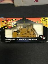 Pre-Owned Ertl Caterpillar D10N Track Type Tractor 1/50 Scale