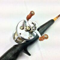 Vintage Pflueger SKILKAST 1953 Bait Casting Reel Vintage Fiberglass 4 Ft Rod USA
