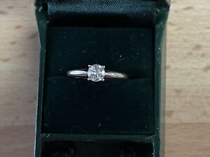1/2 Carat Diamond Solitare Ring 14kt White Gold Size 5-3/4