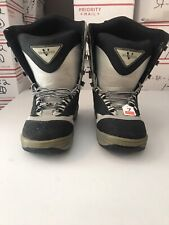 VENGEANCE - MEN - SNOW BOARDING BOOTS - SIZE 7 - GRAY/BLACK  (ABX5 - 07)