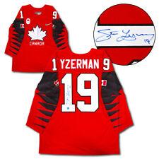 Steve Yzerman Equipo Canadá Autografiado Rojo Nike ® olímpico Réplica Camiseta De Hockey