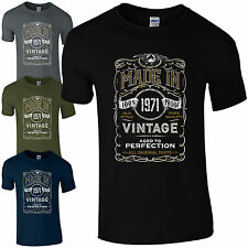 Made in 1971 T-Shirt Born 50th Year Birthday Age Present Vintage Funny Mens Gift