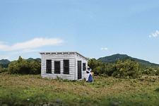Walthers - Cornerstone #933-3335 Hen House & Pen Kit HO